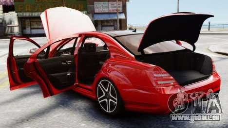 Mercedes-Benz S65 W221 AMG v1.3 pour GTA 4 est une vue de l'intérieur