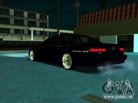 Chevrolet Impala SS 1995 pour GTA San Andreas sur la vue arrière gauche