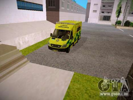 Mercedes-Benz Sprinter London Ambulance für GTA San Andreas Rückansicht