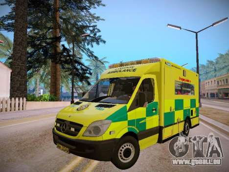 Mercedes-Benz Sprinter London Ambulance pour GTA San Andreas