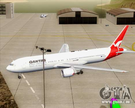 Boeing 767-300ER Qantas (Old Colors) pour GTA San Andreas moteur