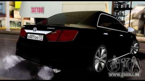 Toyota Camry 2013 pour GTA San Andreas sur la vue arrière gauche