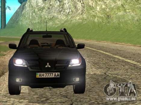 Mitsubishi Outlander pour GTA San Andreas sur la vue arrière gauche