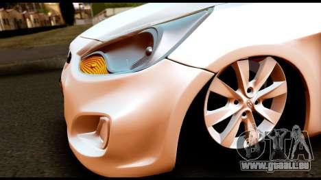 Hyundai Accent Blue pour GTA San Andreas vue de droite
