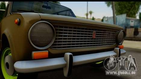 VAZ 2101 Stock v3.2 pour GTA San Andreas sur la vue arrière gauche