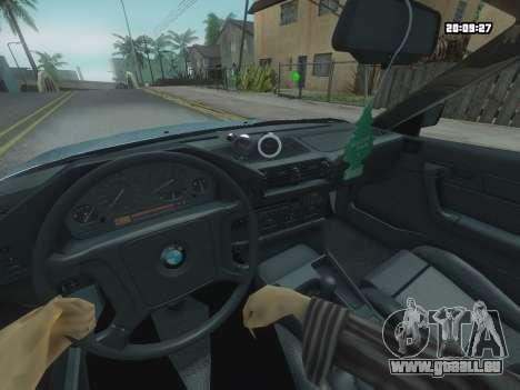 BMW 525 E34 Tune pour GTA San Andreas vue de droite