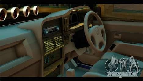 Isuzu Dragon pour GTA San Andreas vue de droite