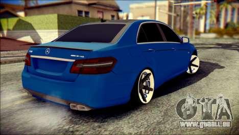 Mercedes-Benz AMG pour GTA San Andreas laissé vue