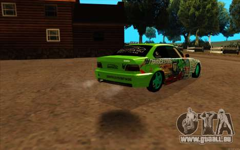 BMW 320i pour GTA San Andreas sur la vue arrière gauche