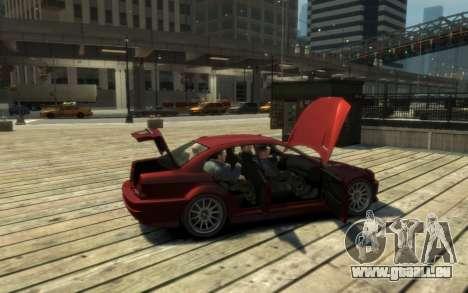 La suprématie de la Sentinelle (XS) 4-portes pour GTA 4 est une vue de l'intérieur