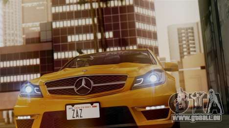 Mercedes-Benz C63 AMG 2015 Edition One pour GTA San Andreas salon