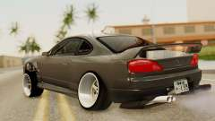 Nissan Silvia S15 Stance