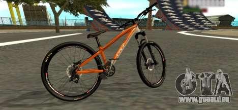 GT La Bomba 2013 für GTA San Andreas zurück linke Ansicht