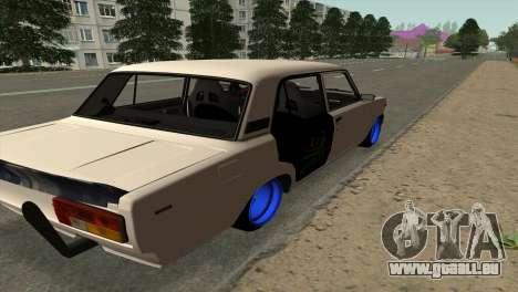 VAZ 2105 BC v2.0 pour GTA San Andreas sur la vue arrière gauche