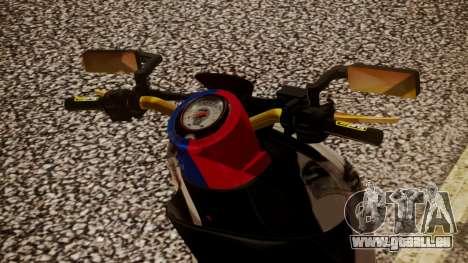 Honda Scoopy New Red and Blue pour GTA San Andreas sur la vue arrière gauche