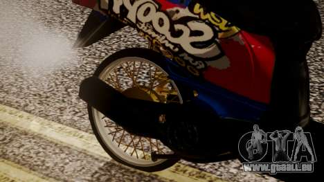 Honda Scoopy New Red and Blue pour GTA San Andreas vue de droite
