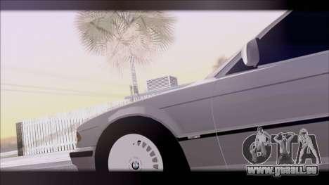 BMW 7-er E38 pour GTA San Andreas vue de droite
