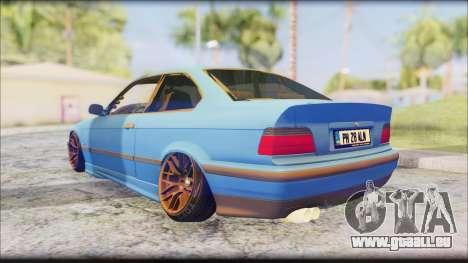 BMW M3 E36 Stanced-Hella pour GTA San Andreas sur la vue arrière gauche