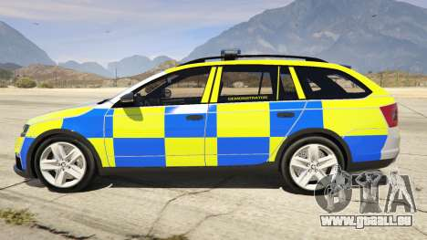 GTA 5 2014 Police Skoda Octavia VRS Estate vue latérale gauche