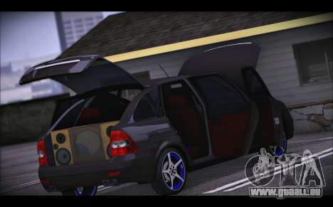 Lada Priora pour GTA San Andreas vue de dessous