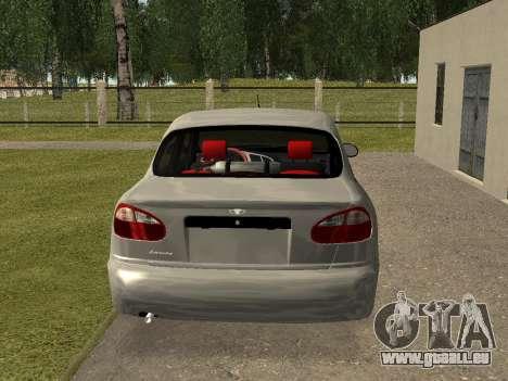 Daewoo Lanos (Sens) 2004 v1.0 by Greedy pour GTA San Andreas sur la vue arrière gauche