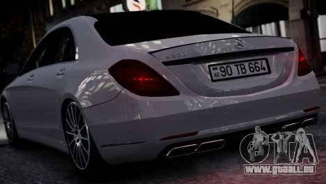 Mercedes-Benz w222 für GTA 4 rechte Ansicht