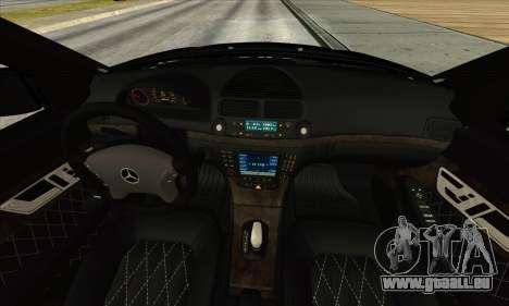 Mercedes-Benz E55 W211 AMG für GTA San Andreas Rückansicht