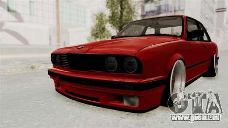 BMW M3 E30 Camber Low pour GTA San Andreas sur la vue arrière gauche
