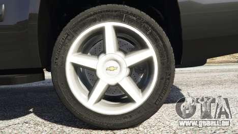 GTA 5 Chevrolet Tahoe arrière droit vue de côté