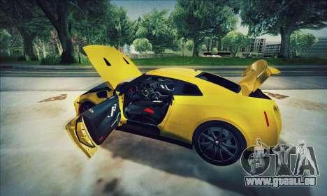 Nissan GT-R R35 Premium pour GTA San Andreas vue arrière