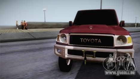 Toyota Land Cruiser 4 Puertas Original pour GTA San Andreas sur la vue arrière gauche
