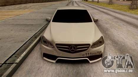 Mercedes-Benz E63 v.2 pour GTA San Andreas salon