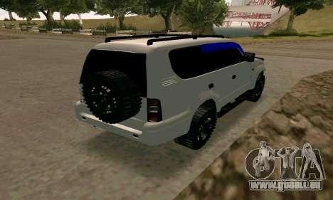 Toyota Land Cruiser 95 pour GTA San Andreas sur la vue arrière gauche