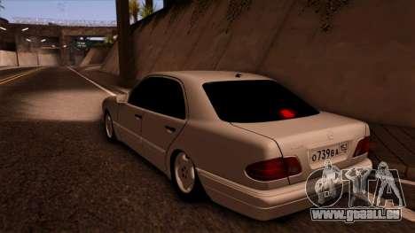 Mercedes-Benz E420 pour GTA San Andreas laissé vue