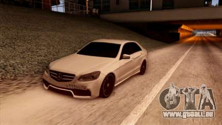 Mercedes-Benz Е63 pour GTA San Andreas