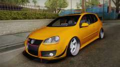 Volkswagen Golf 5 Stance